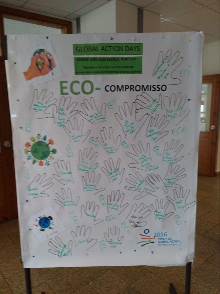 Painel de compromissos da Escola Básica de Valongo do Vouga