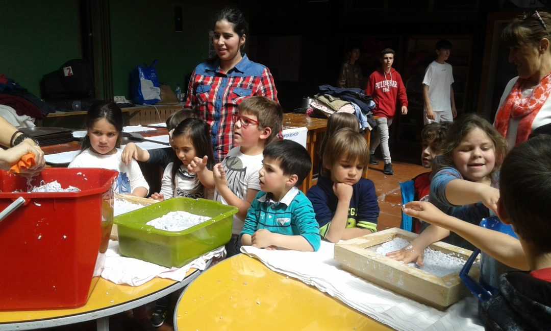 Workshop de reciclagem de papel