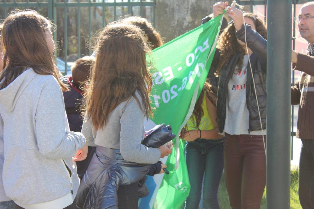 Hastear da Bandeira Verde – Eco-Escolas – Escola Básica de Rates