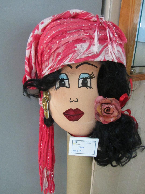 """""""Women around the world"""" – ART with plastic …"""