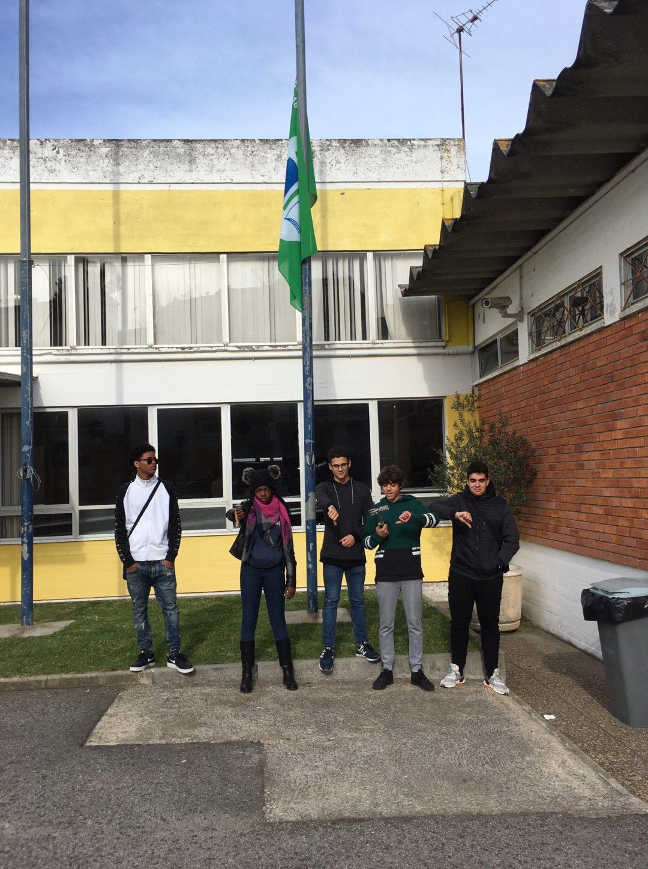 Escola Básica D Domingos Jardo – Sintra Global Action days #fazpeloclima  Agir pelo clima – Árvore dos compromissos