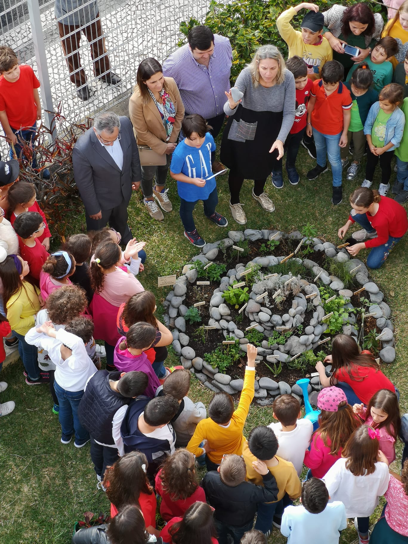 Inauguração da Espiral de ervas aromáticas