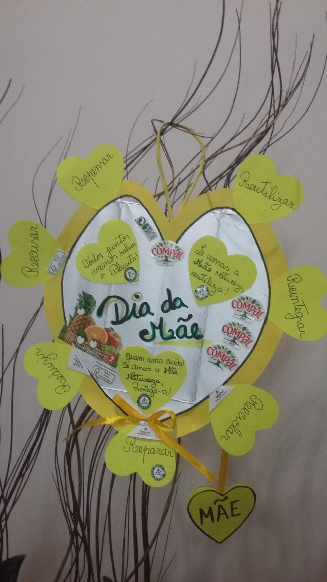 """""""Sim, no Dia da Mãe o Coração é Amarelo"""""""